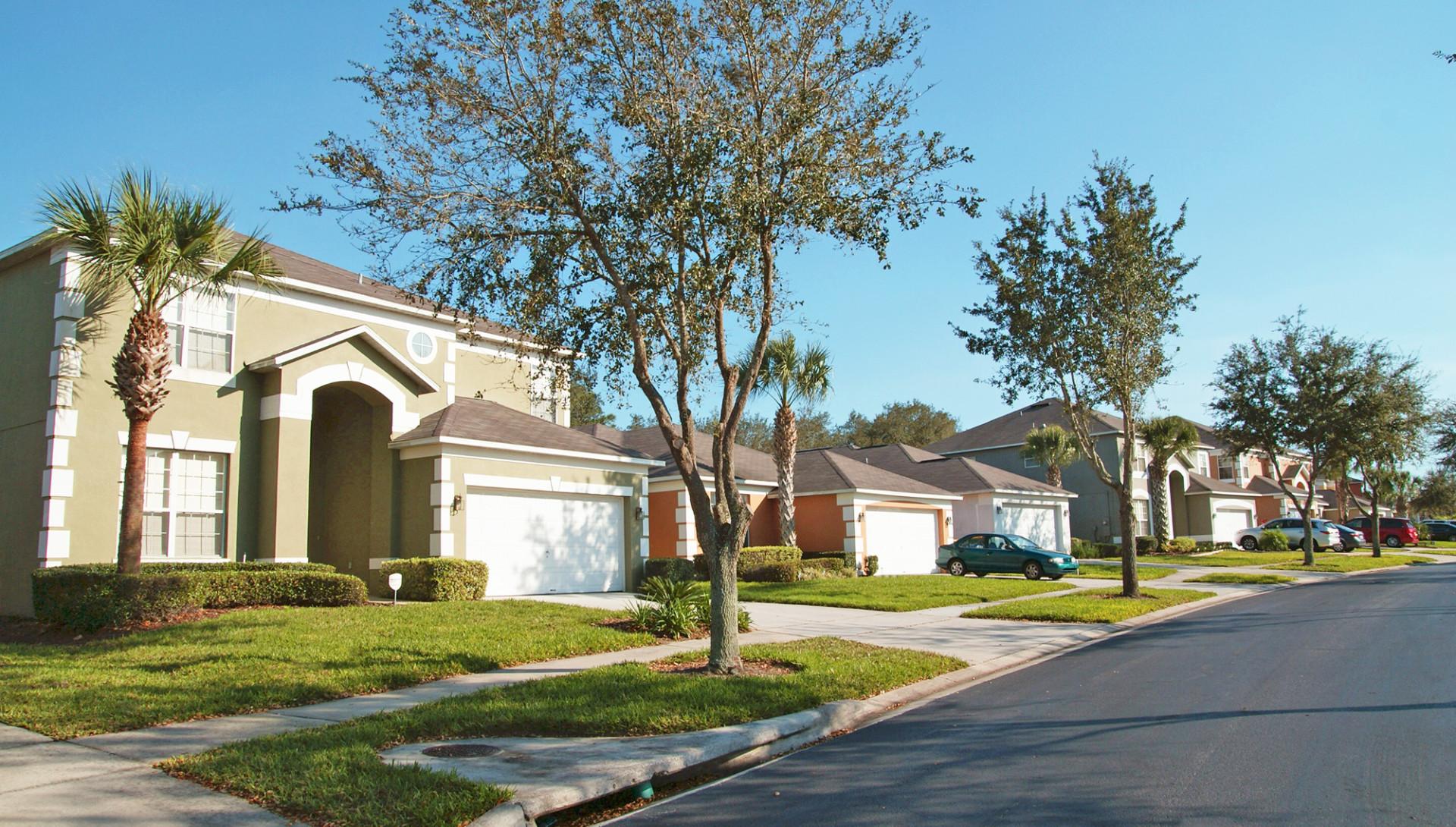 #257CA6 Comprar casas em Orlando Imóveis em Orlando próximo a Disney 4188 Imagens De Casas Com Janelas De Aluminio