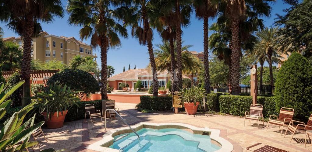 Toscana at Lakeside - Condomínio de luxo em Dr. Phillips, Orlando Piscina condomínio