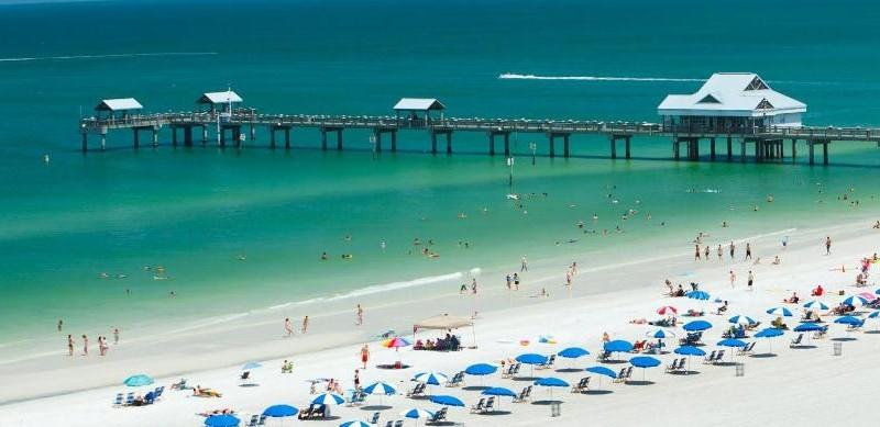 Praias próximas são atrativo para quem pensa em comprar casa em Orlando