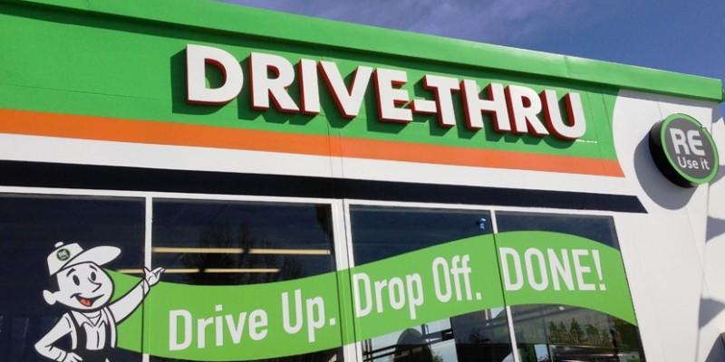 De farmácias a bancos, drive-thrus em Orlando refletem o estilo de vida americano