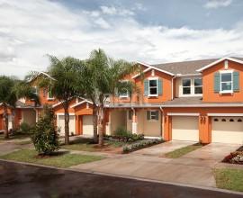 Compass Bay - Sobrados geminados com 3 e 4 dormitórios, próximo a Disney e ao Premium Outlet