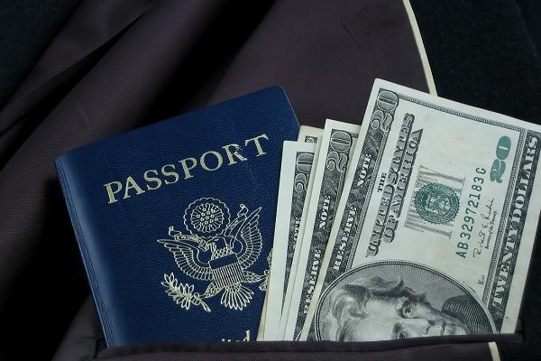 5 gastos comuns para quem decide estudar e morar em Orlando