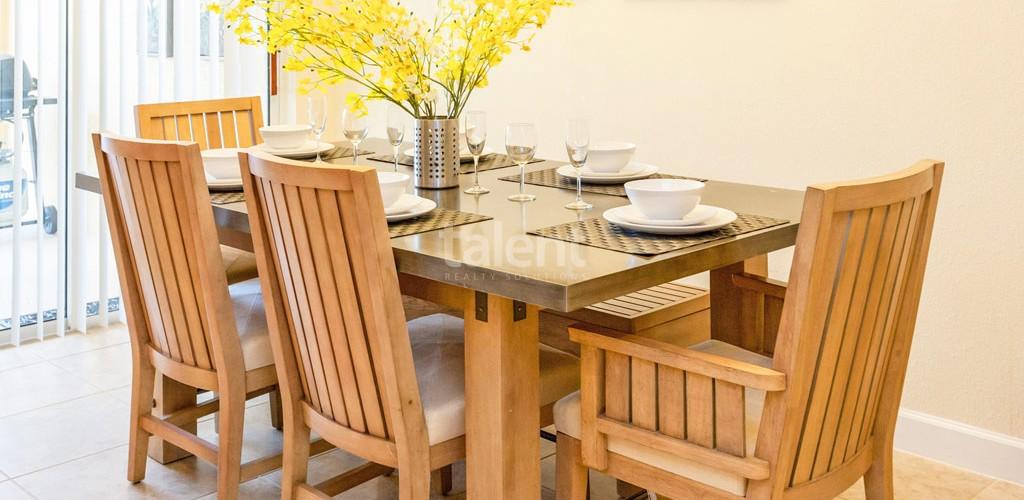 Casas a venda em Orlando mesa de jantar