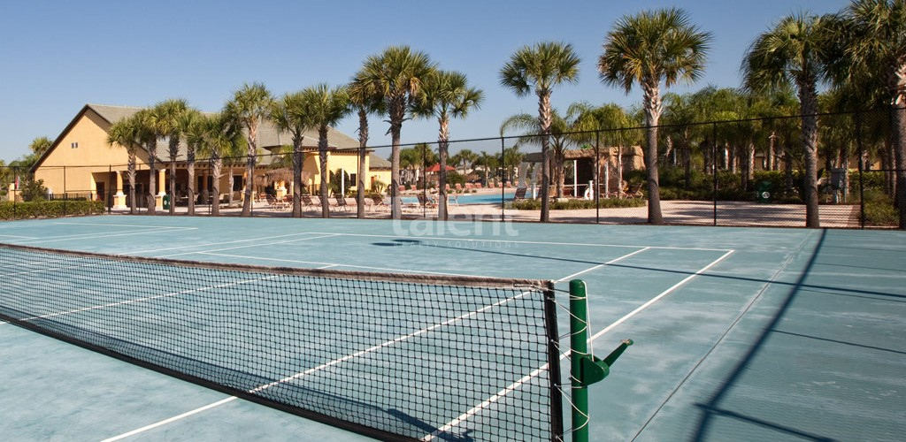 Casas a venda em Orlando quadra de tennis