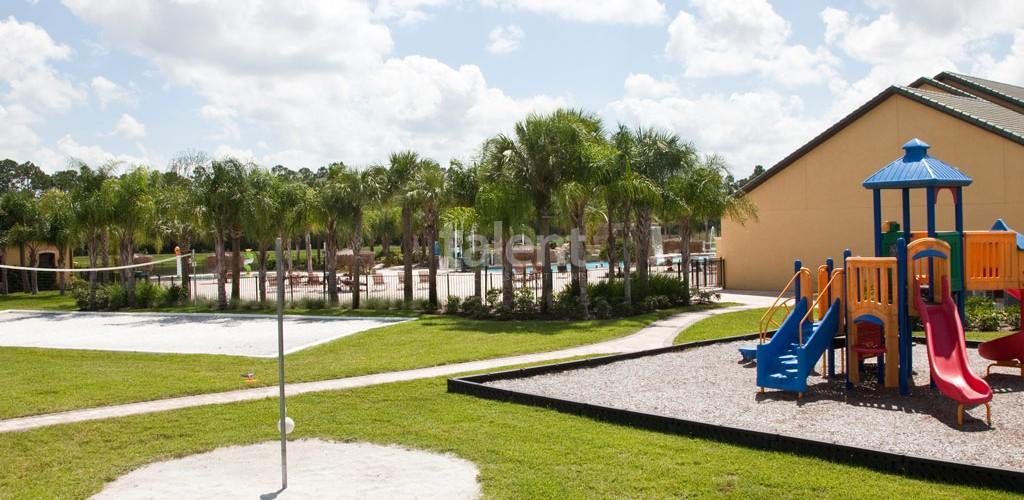 Casas a venda em Orlando club house playground e voley de praia