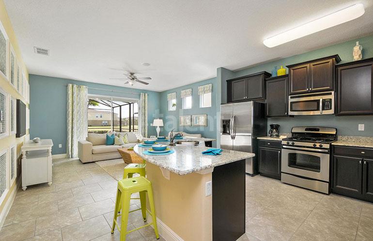 Casa a venda em Orlando, Condomínio Solterra - Sala e Cozinha