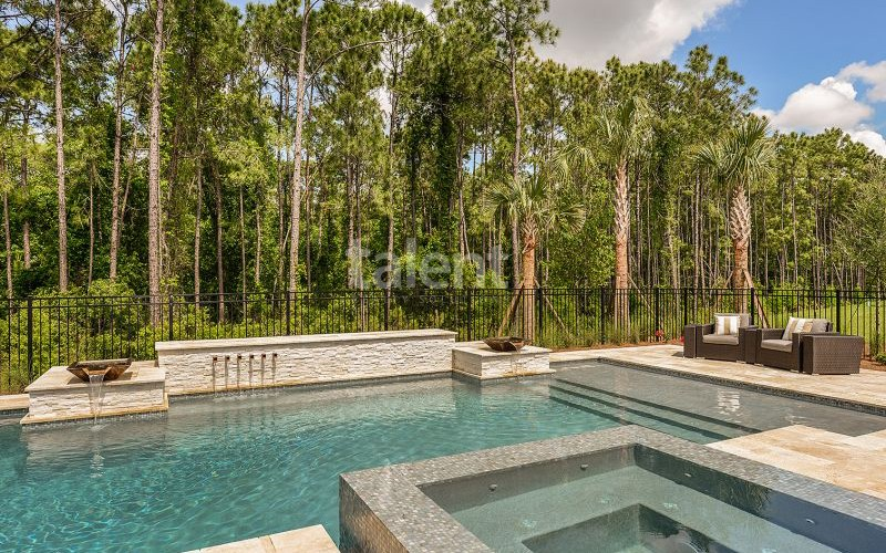 Enclave at VillageWalke - Novo condomínio em Orlando psicina