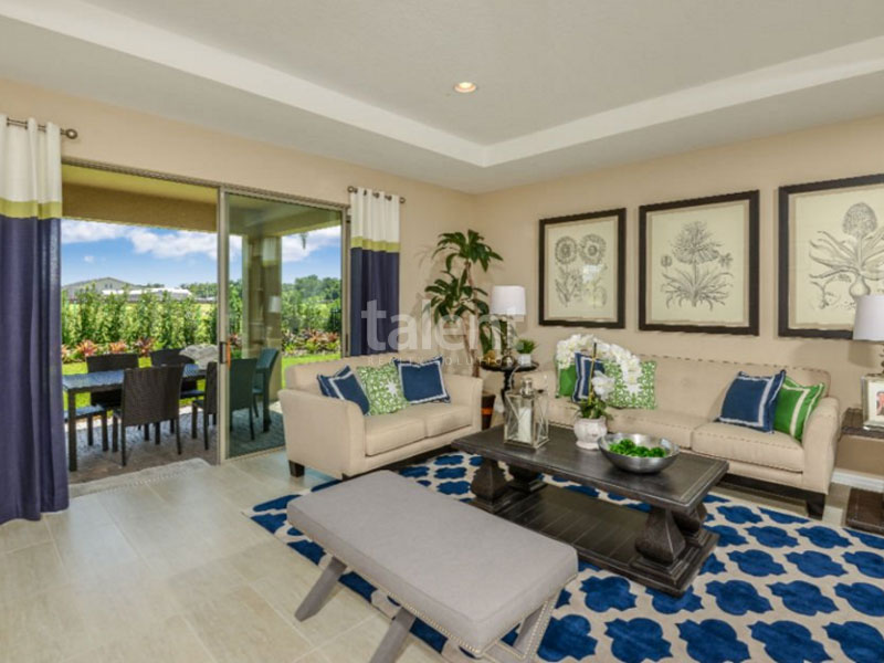 Lakeshore at Narcoossee - Casa nova em Lake Nona Sala de estar