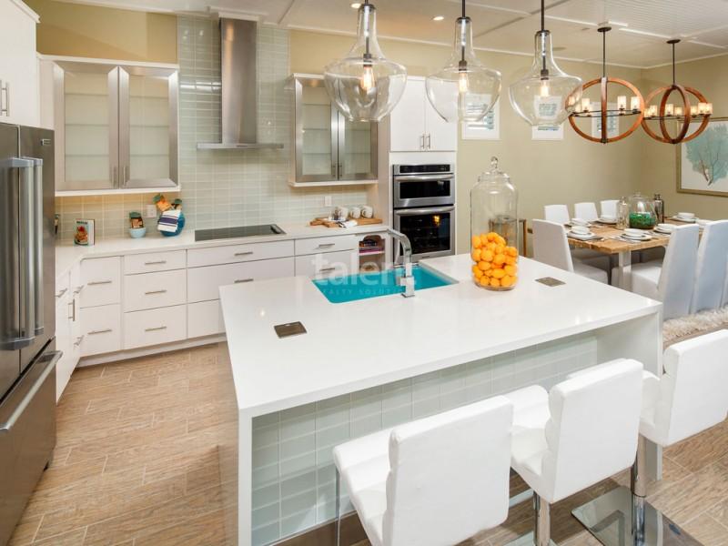 Reunion Resort - Lugar perfeito para comprar casa em Orlando mesa de jantar