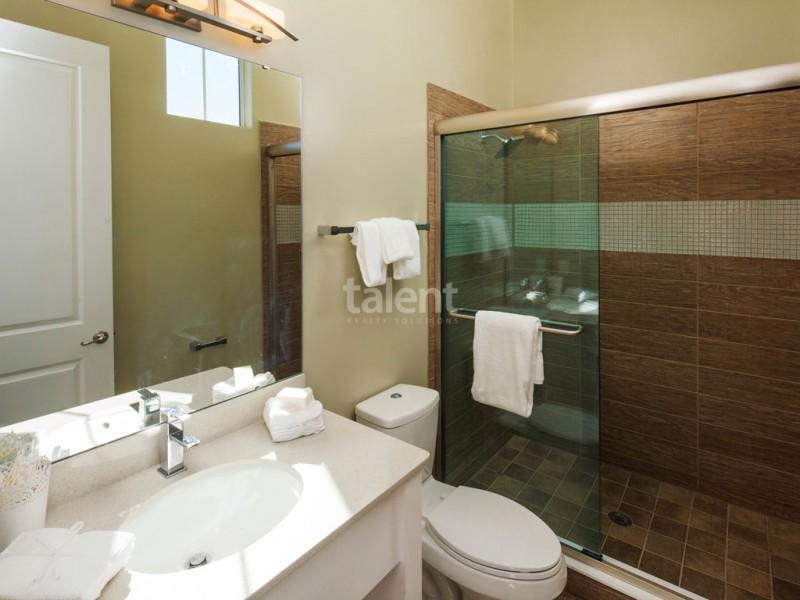 Reunion Resort - Lugar perfeito para comprar casa em Orlando Banheiro 4