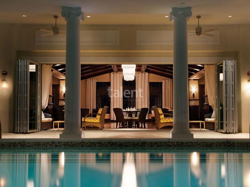 Reunion Resort - Lugar perfeito para comprar casa em Orlando Loft piscina condomínio