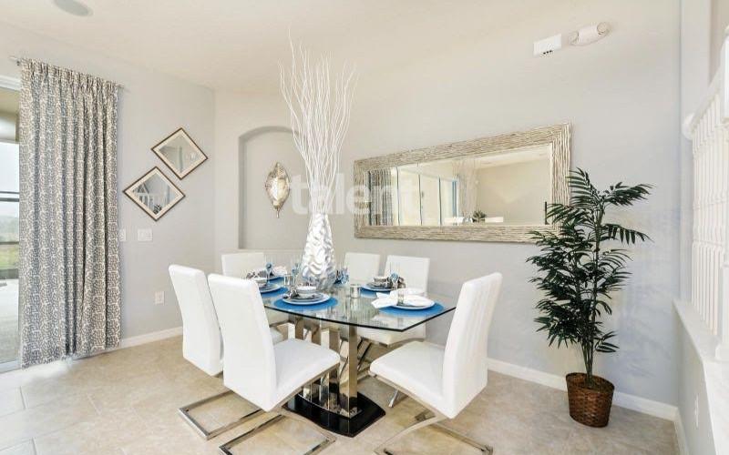 Solterra Resort - Townhouses, Casas em Orlando região da Disney Sala de jantar