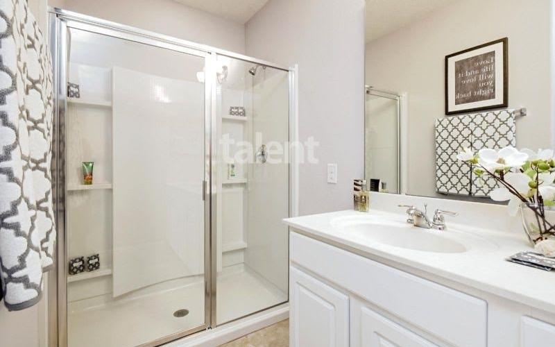 Solterra Resort - Townhouses, Casas em Orlando região da Disney Banheiro 1