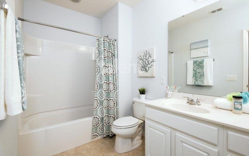 Solterra Resort - Townhouses, Casas em Orlando região da Disney Banheiro 2