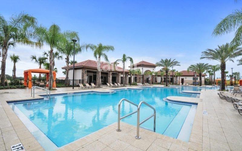 Solterra Resort - Townhouses, Casas em Orlando região da Disney piscina condomínio