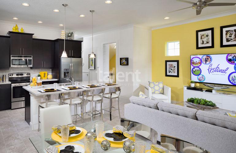 Festival Resort - Invista em uma Casa na Disney Sala de estar cozinha