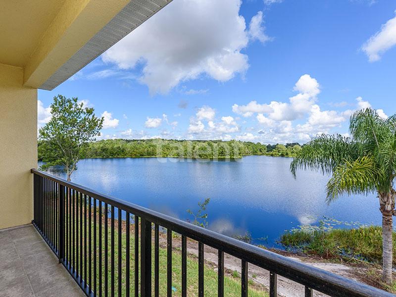 Bridgewater - Comprar casa em Orlando em frente ao lago