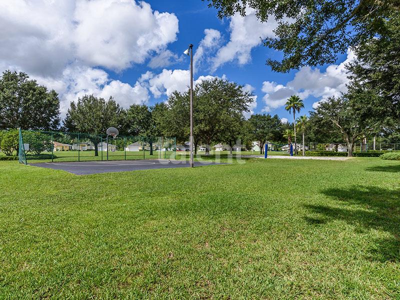 Bridgewater - Comprar casa em Orlando em frente ao lago Quadras