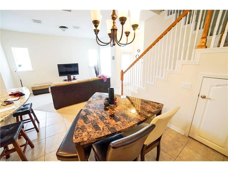 Celebration - Casa para morar em Orlando Mesa de jantar