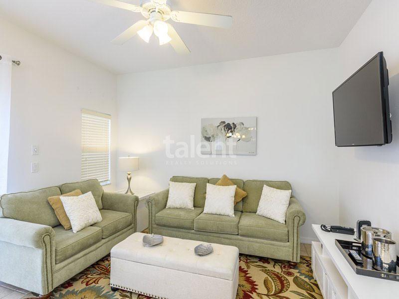 BellaVida Resort - Casa a venda em Orlando Sala de estar